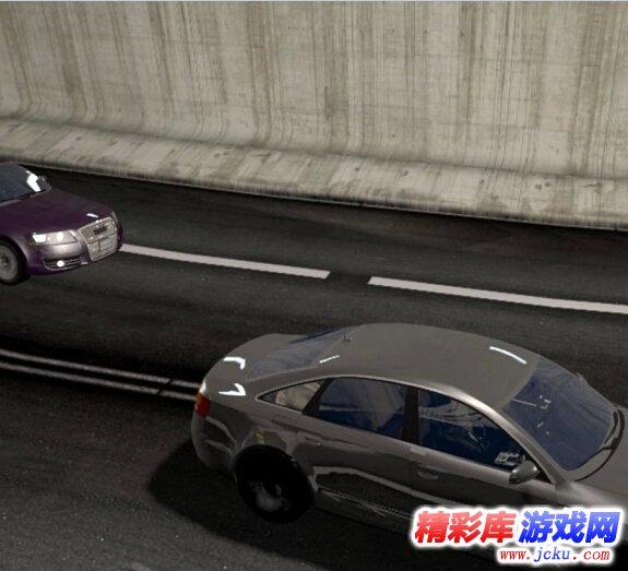 《疯狂飚车》游戏高清截图2
